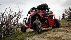 2020-rzr-pro-xp-premium-indy-red_SIX6449_01204.jpg