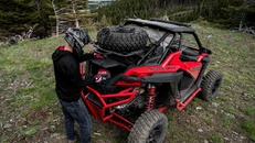 2020-rzr-pro-xp-premium-indy-red_SIX6449_05044.jpg